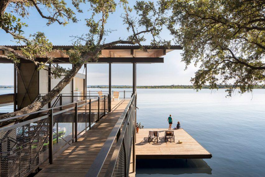 Blue Lake Retreat by Lake Flato