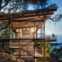 Blue Lake Retreat by Lake Flato