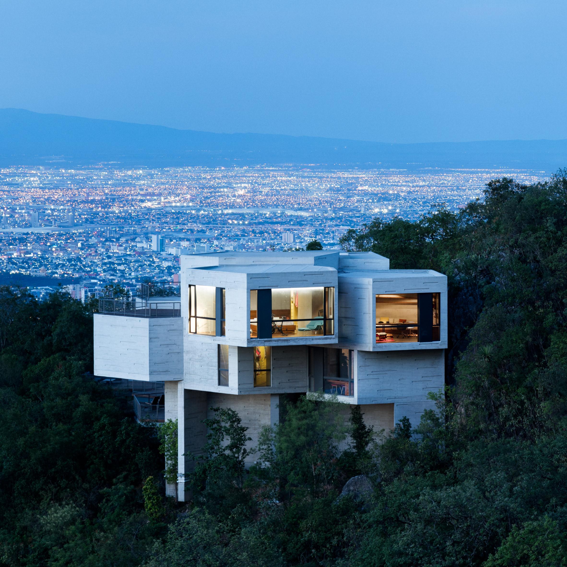 نتیجه تصویری برای Ventura House/Tatiana Bilbao :