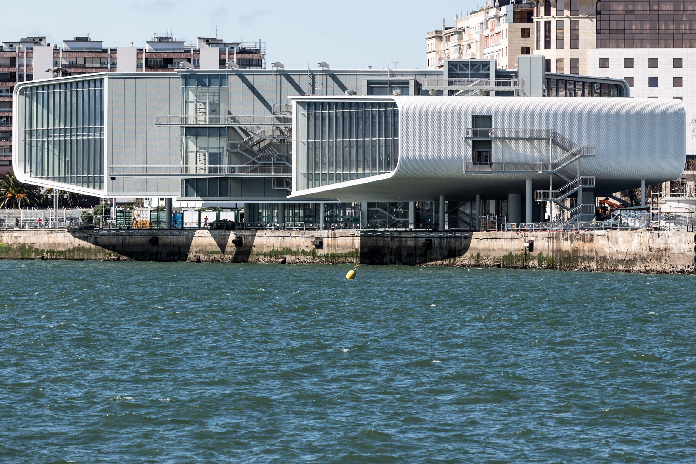 Renzo Piano completes stilted art gallery on Santander waterfront