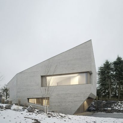 Steimle Architekten Completes Crystal Like Concrete House In Germany