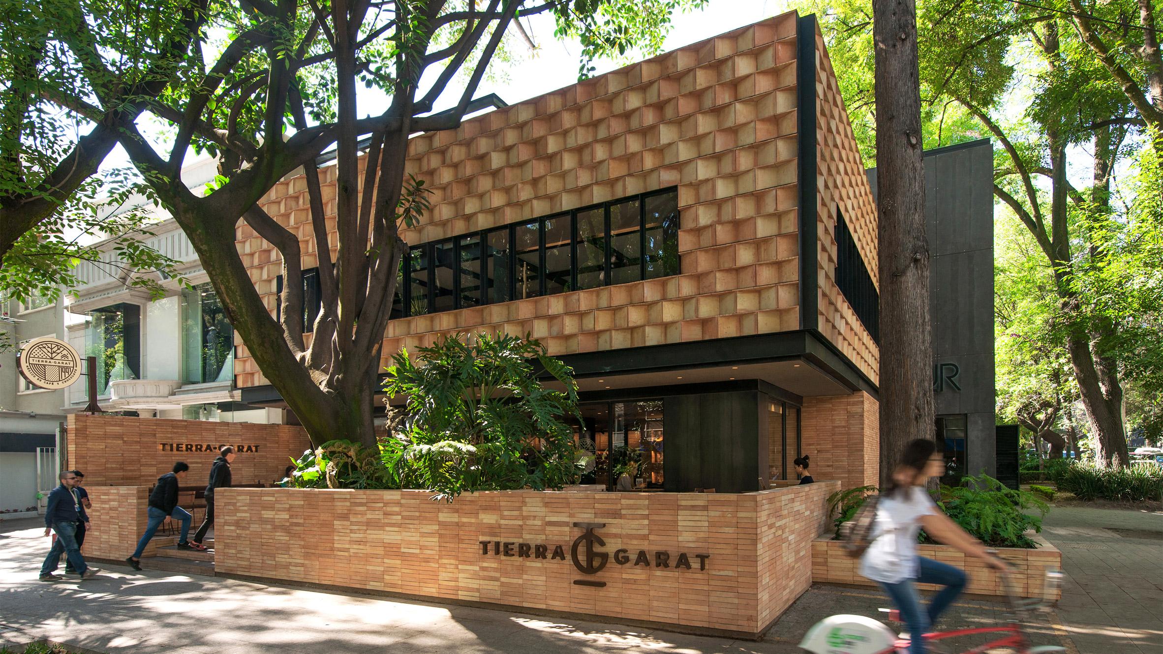 Tierra Garat by Esrawe studio
