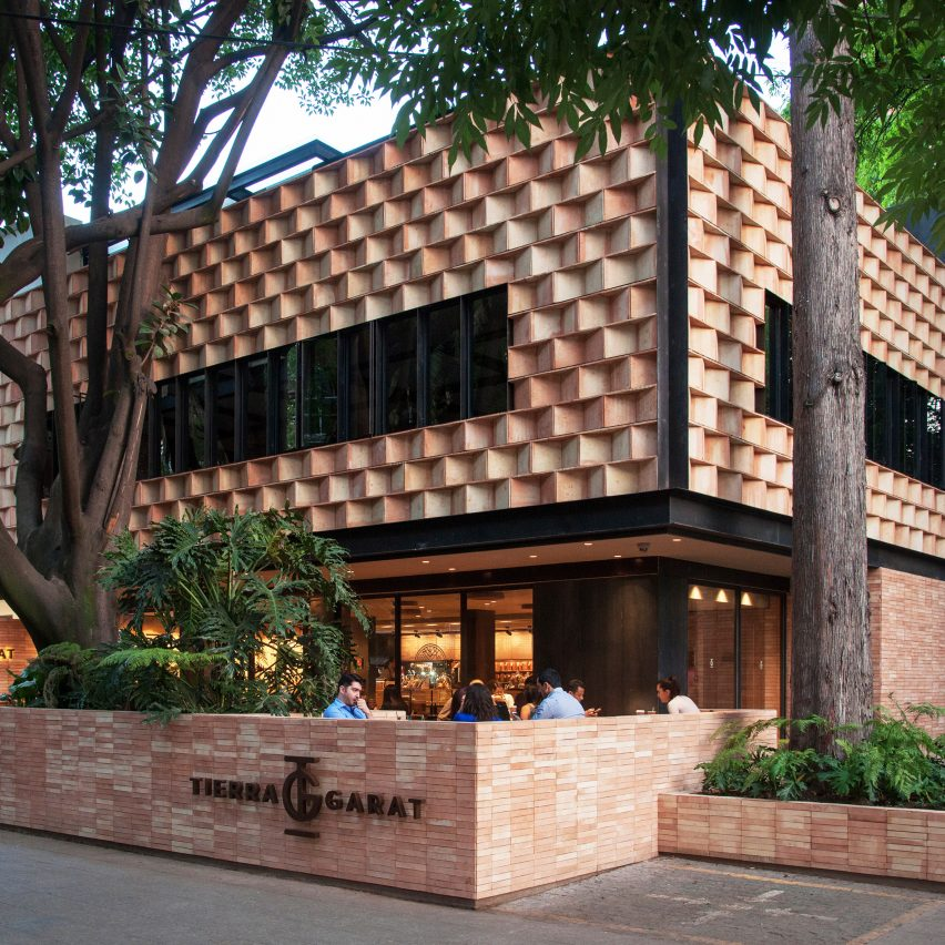 Faceted Wooden Panels Form Mexico City Cafe By Esrawe And Cadena Dezeen Howldb