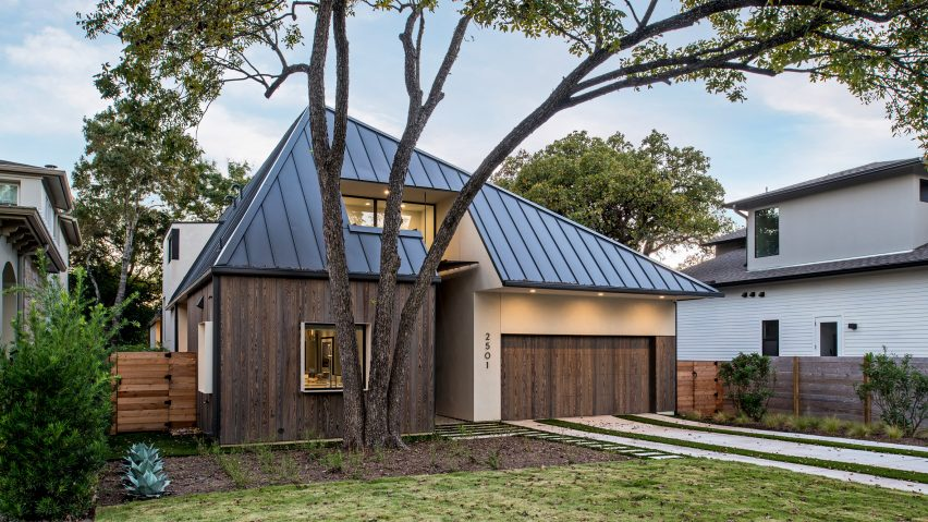 design hound hides second storey of austin home behind faceted roof. beautiful ideas. Home Design Ideas