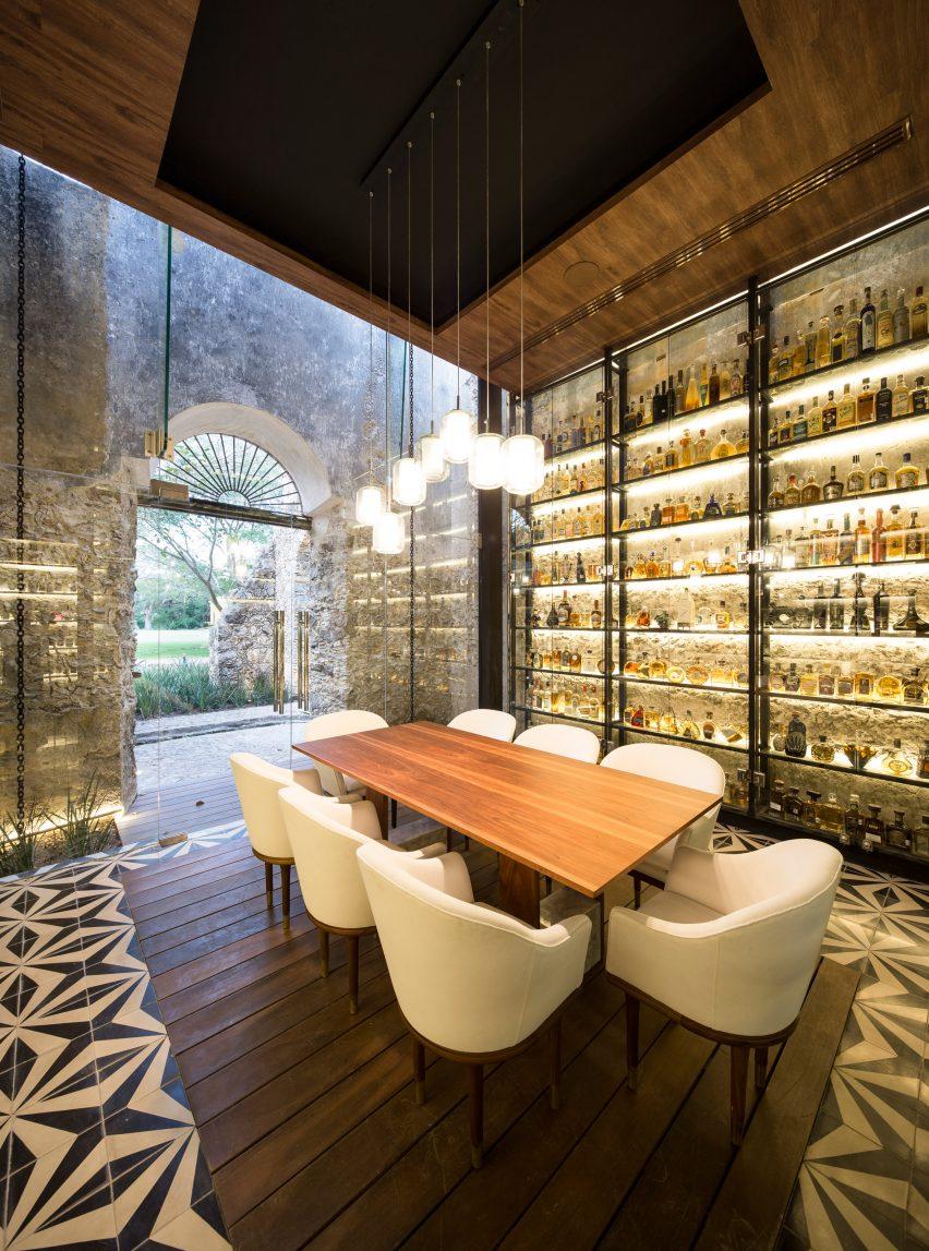 Central de arquitectura a mexico city based design studio has - Ixi Im Restaurant By Jorge Bolio Arquitectura