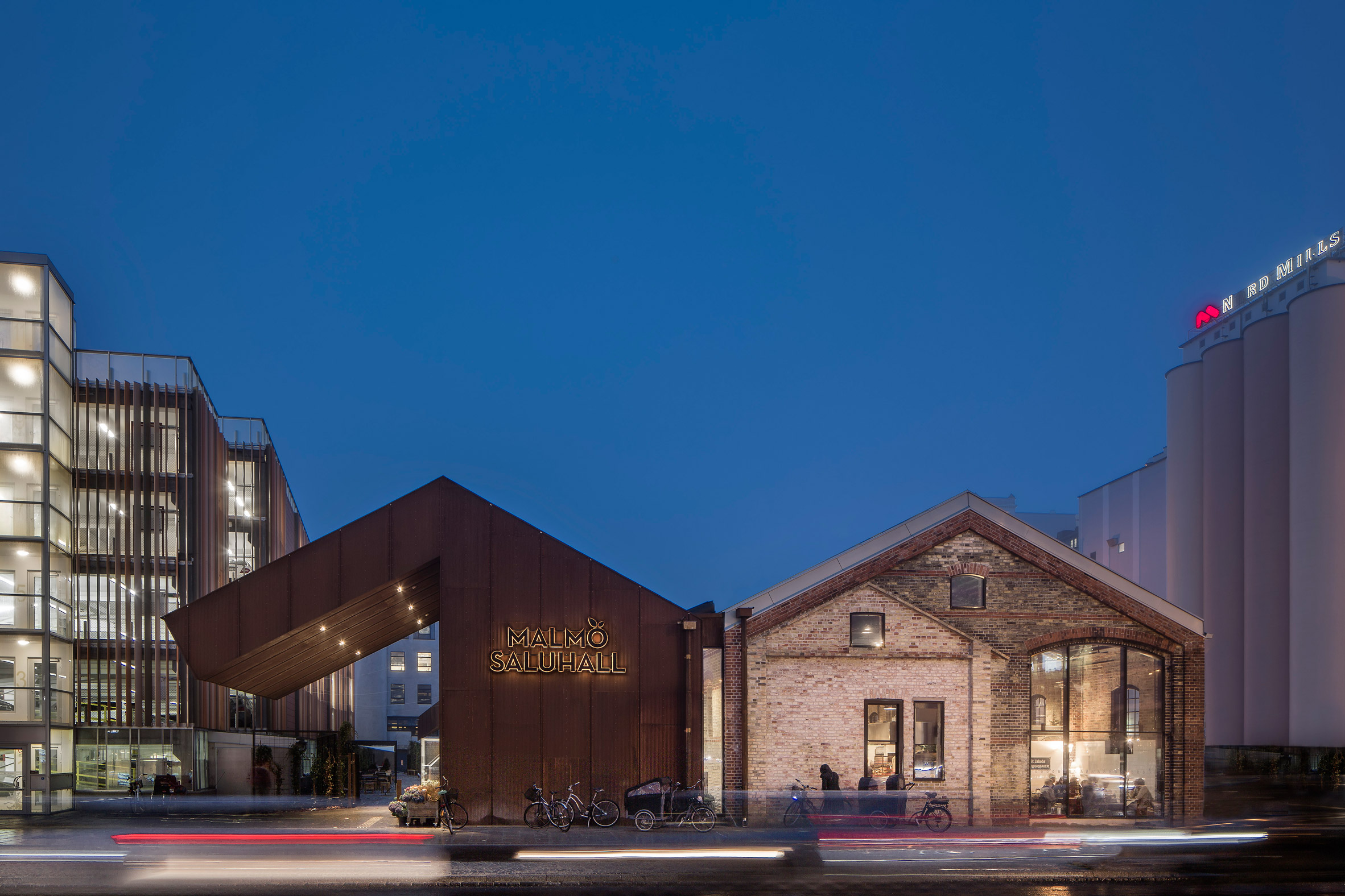 Wingårdh transforms roofless freight depot into Malmö Market Hall
