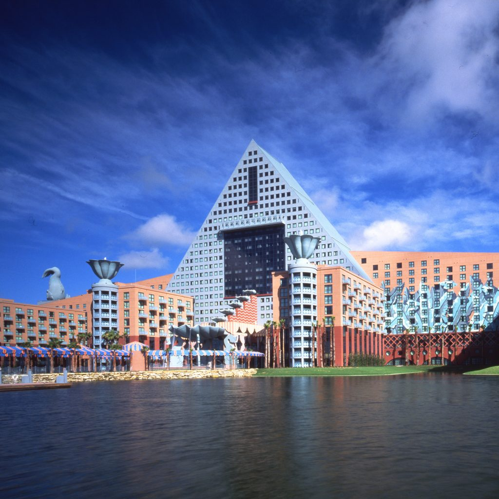 Postmodern architecture walt disney world dolphin and for Architecture companies in florida