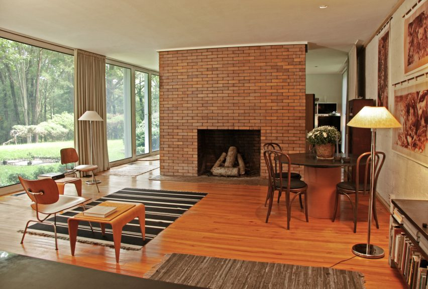 Booth House by Philip Johnson