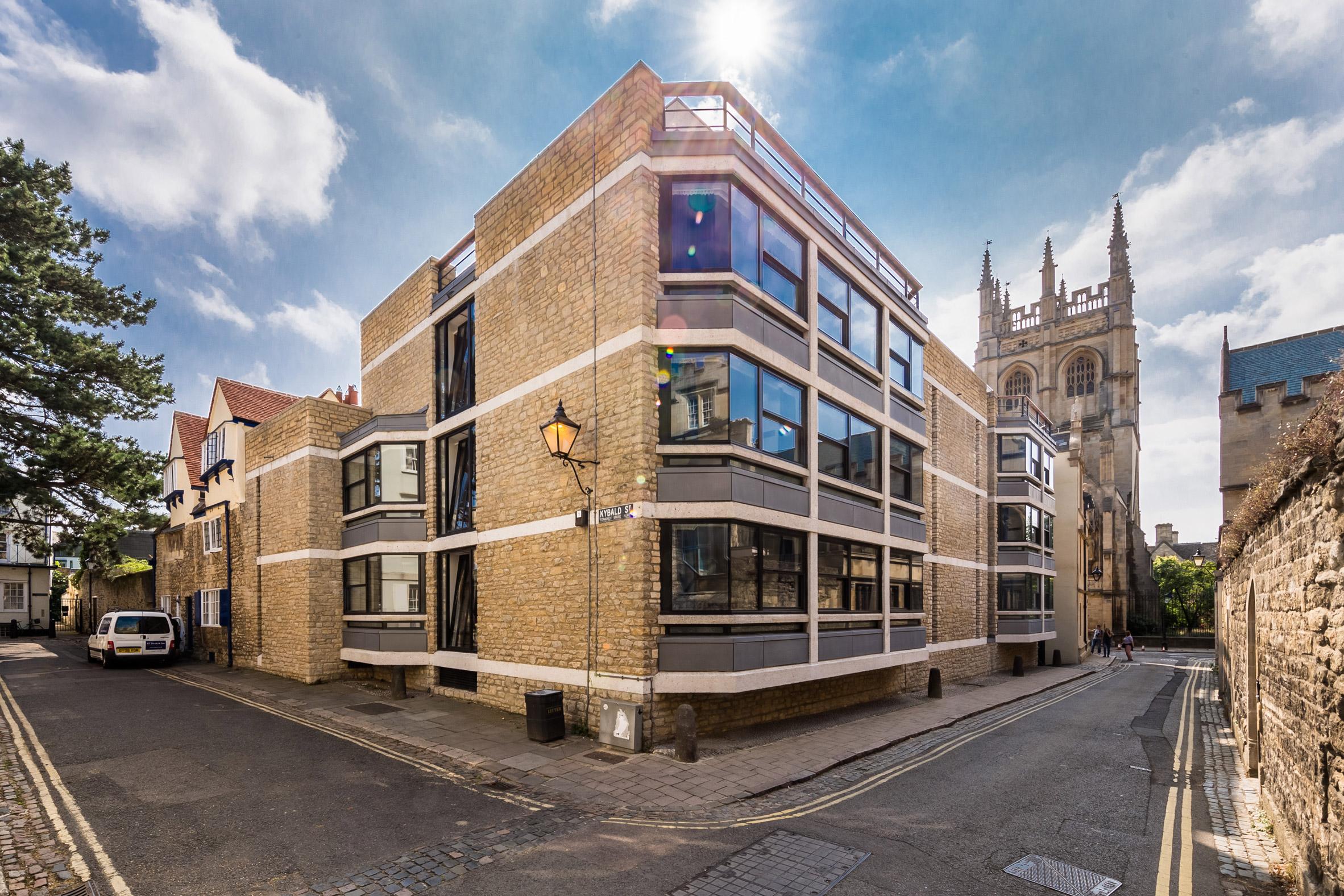 Powell & Moya buildings refurbishment by BGS