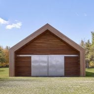 Buro Koray Duman adds barn-like gallery to artist's residence in Upstate New York