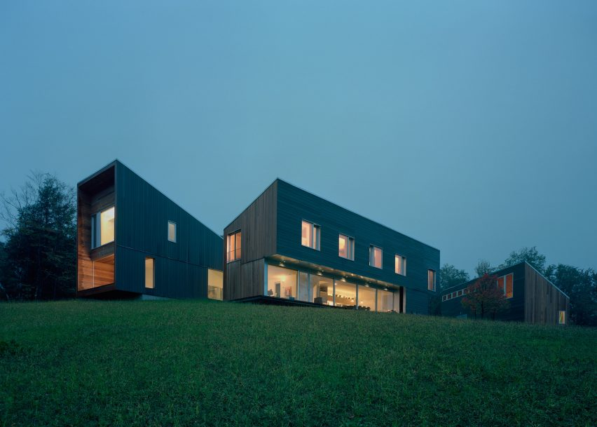 Putney Mountain House by Kyu Sung Woo Architects