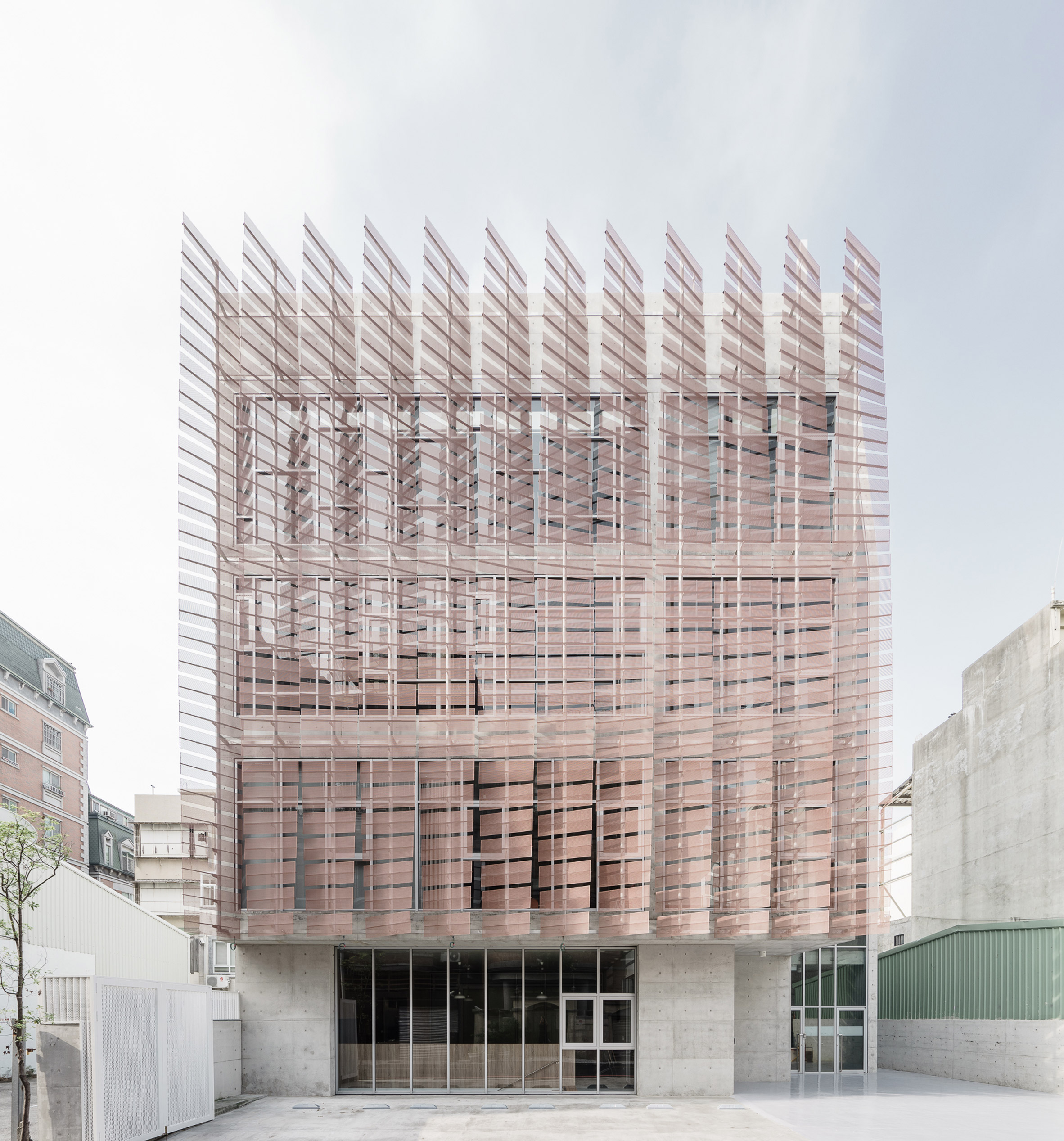 """Feather-like"" screens front church in Taiwan by MAYU Architects"