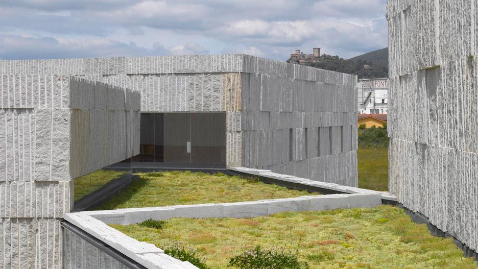Verín Arts Center by Zooco Estudio