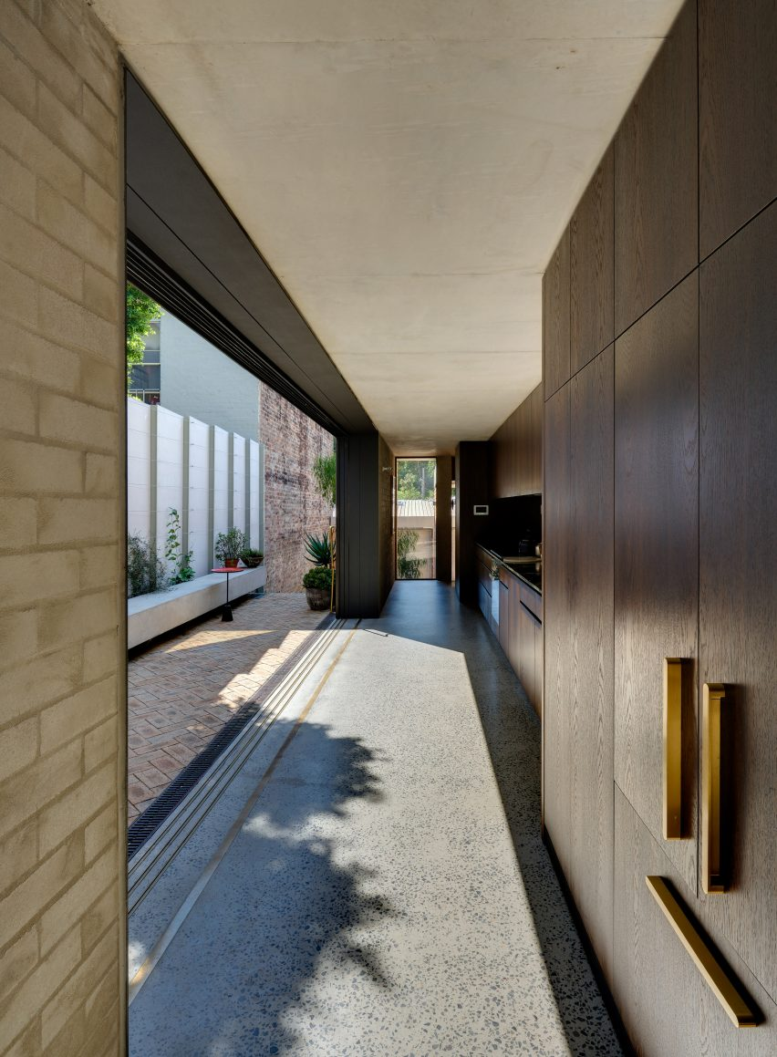 Annandale House by Welsh + Major