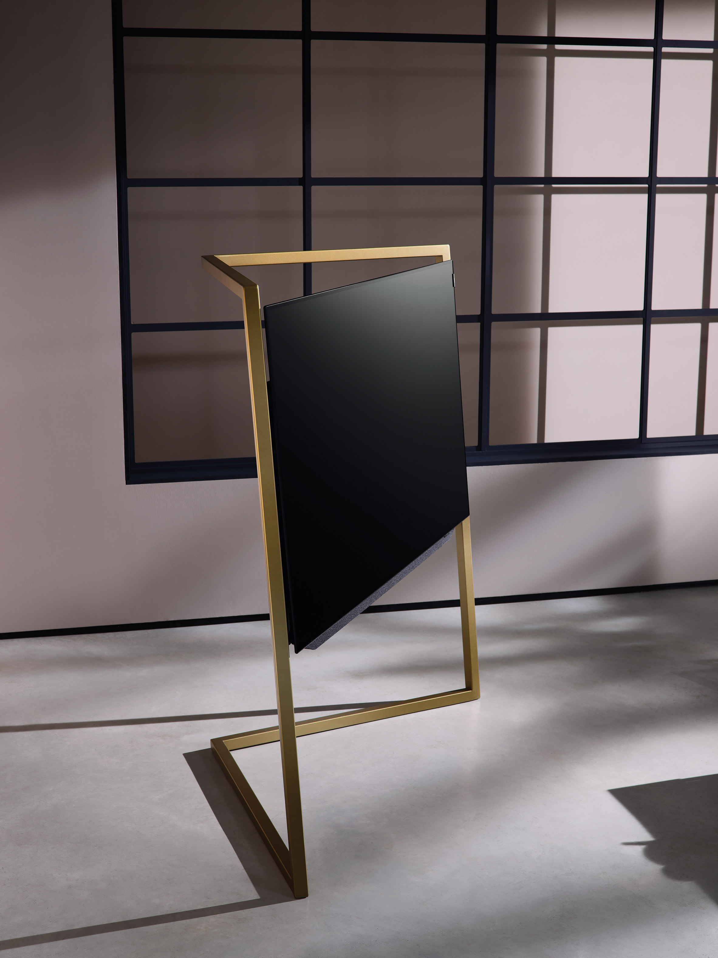 "Bodo Sperlein's latest product for Loewe aims to ""de-geezer the TV"""