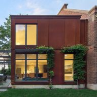 Stern McCafferty Architects converts entrance of old Massachusetts house into a gallery