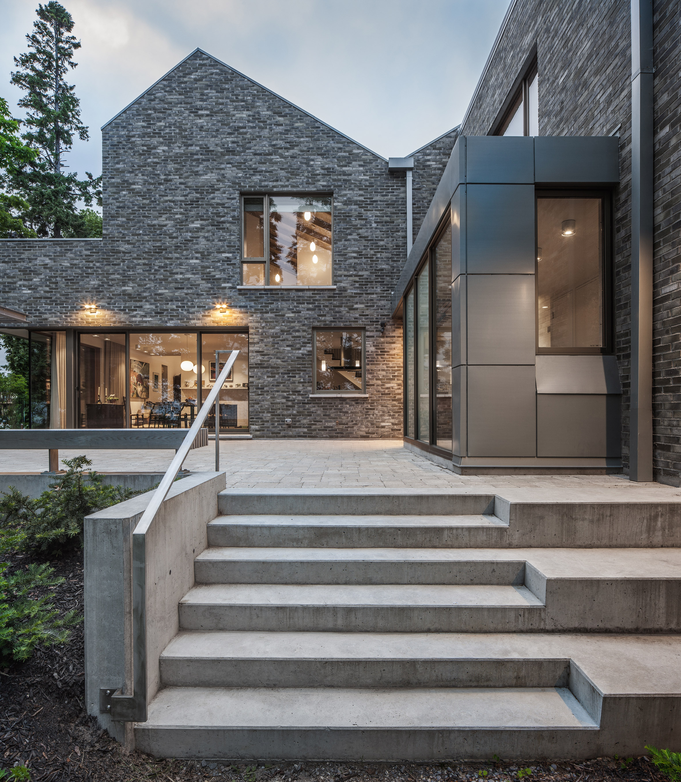 Corbourg residence by Trevor Horne Architects and Philip Goldsmith