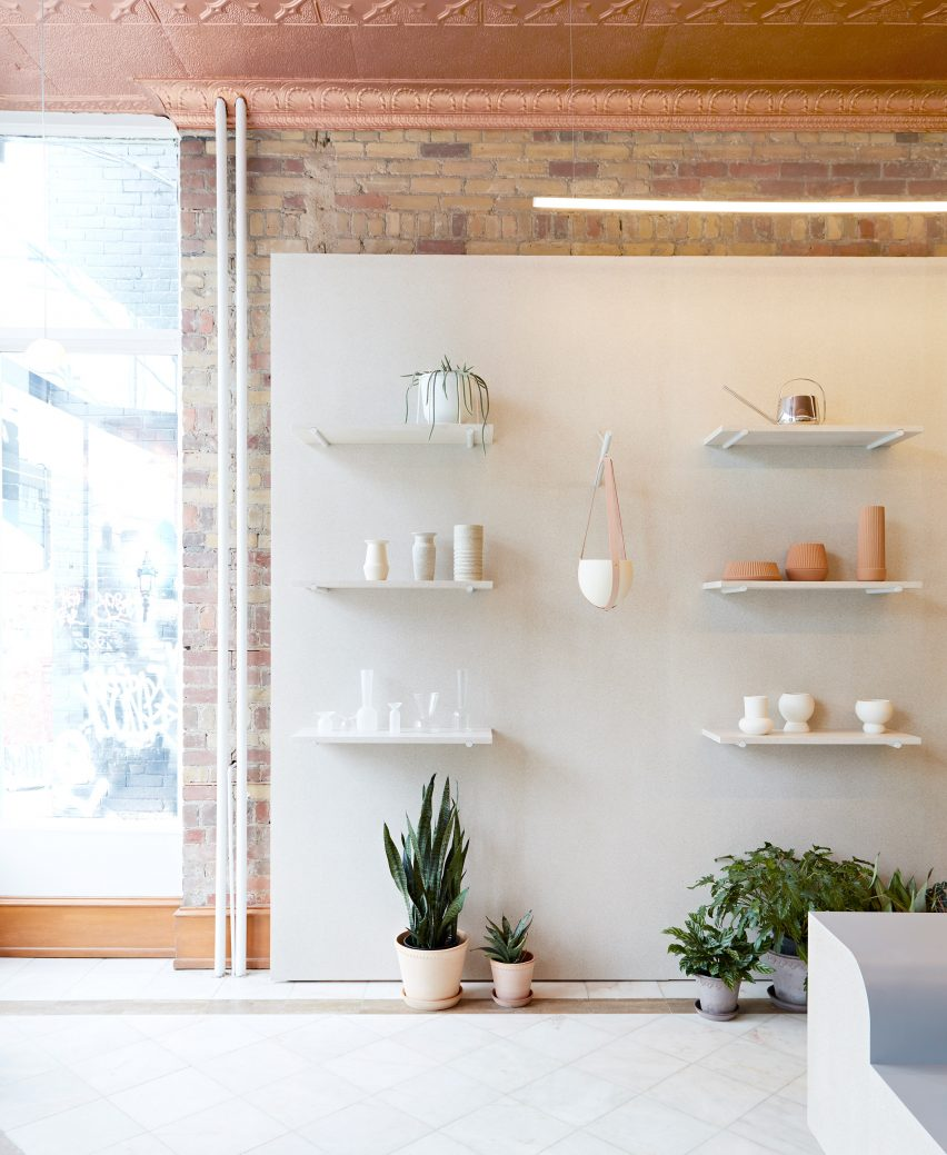 Bilder Für Den Flur toronto flower shop by msds studio features pale walls and linoleum