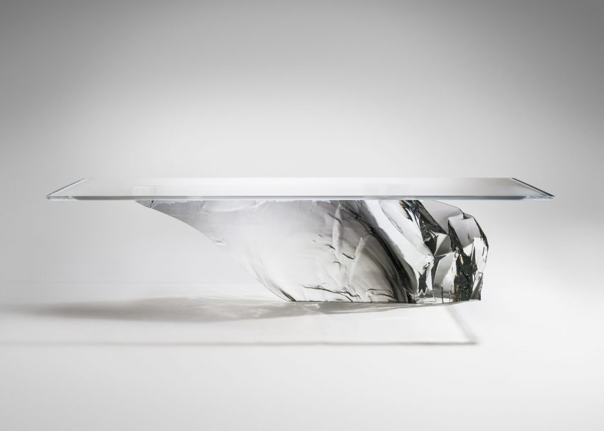 Antarctica dining table by Fredrikson Stallard