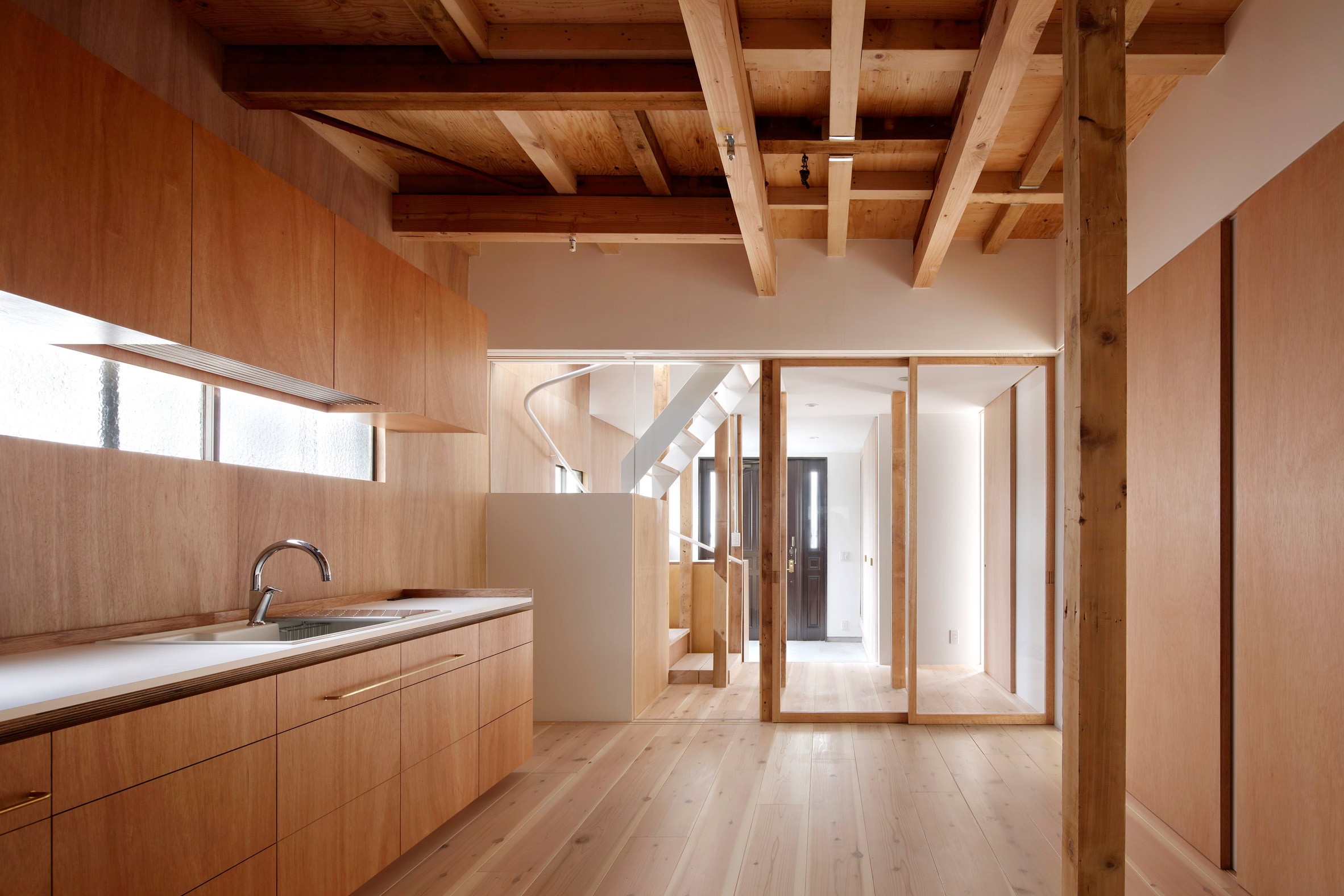Tomomi Kito remodels Tokyo home to accommodate four generations of the same family