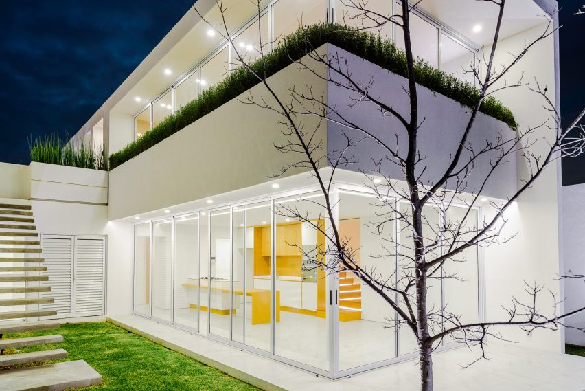 House S1 by Evelop Arquitectura