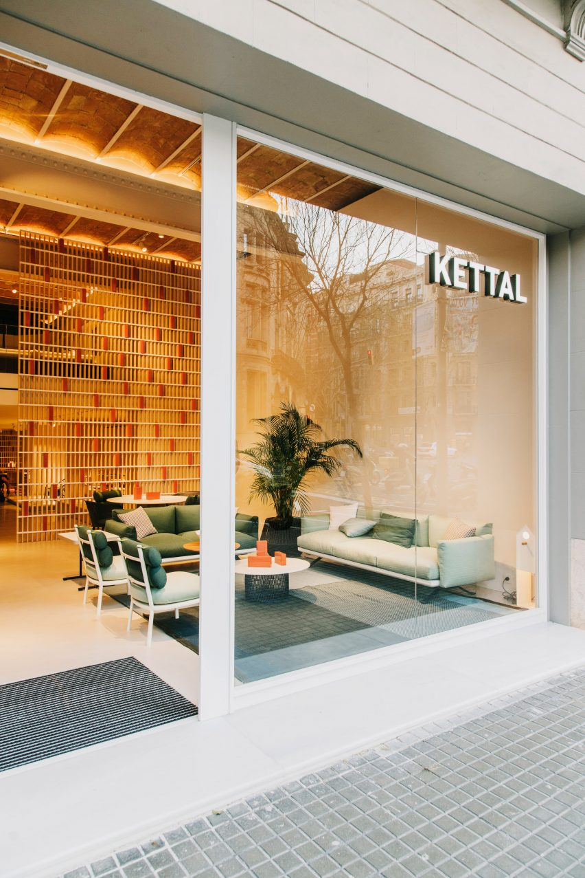 Kettal Barcelona showroom by Patricia Urquiola