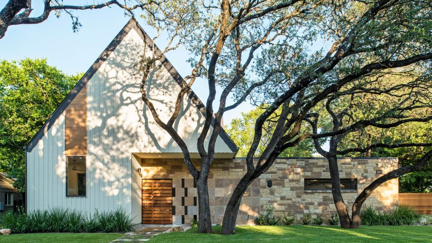 Gable Wall Conceals Double Height Atrium In Austin Home By Design Hound