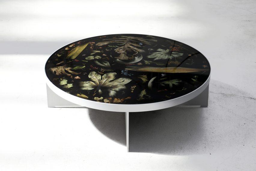 Flora Noir furniture by Marcin Rusak