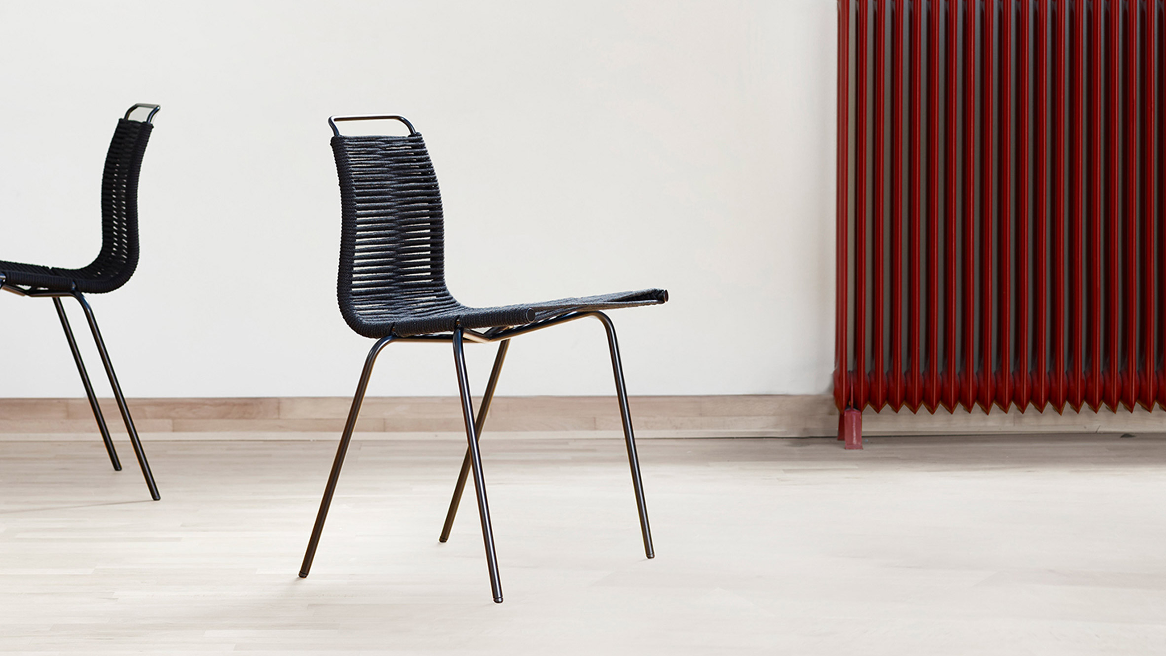 Carl Hansen & Son reissues Poul Kj¦rholm s PK1 dining chair