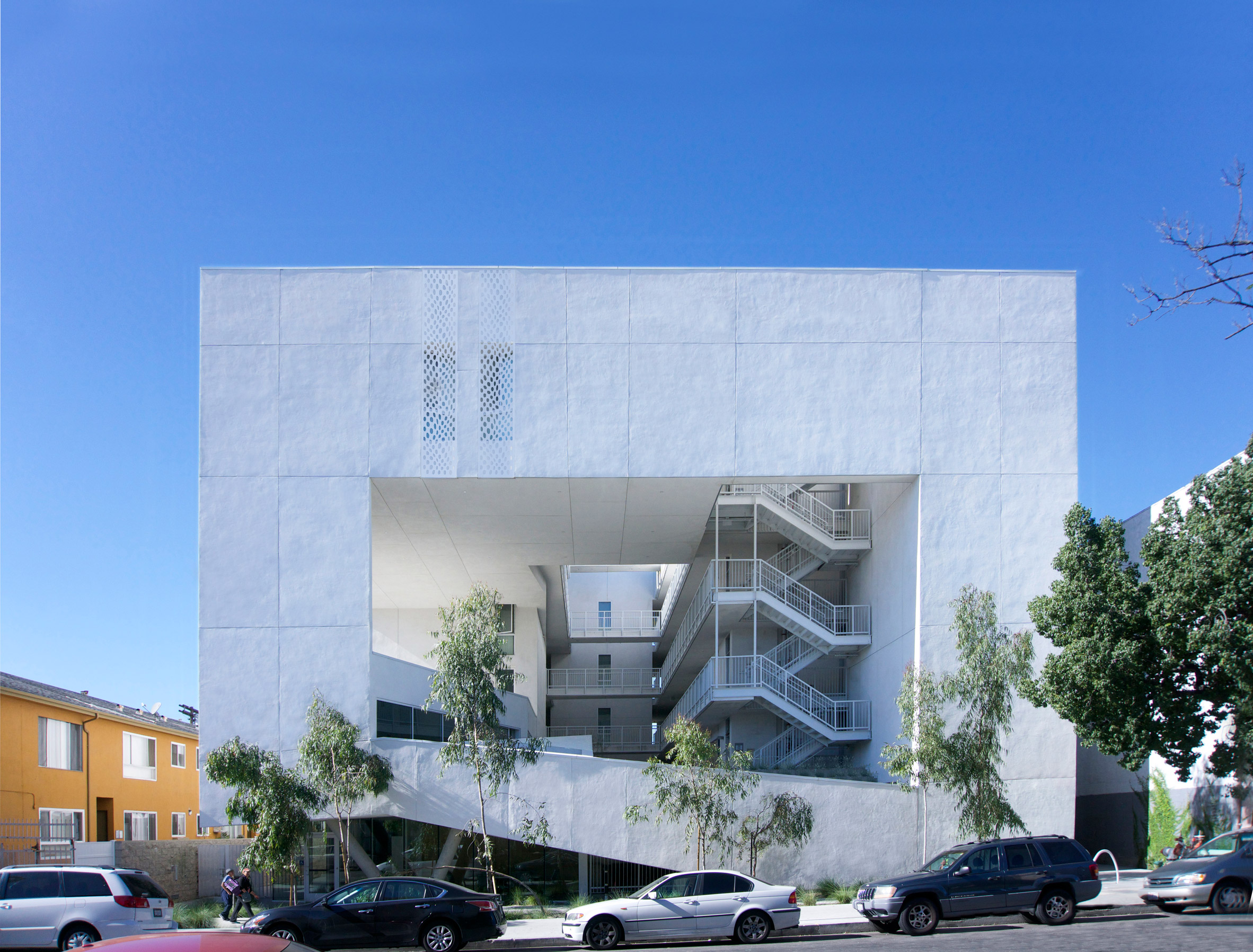 Brooks + Scarpa completes The Six housing for LA's homeless and disabled veterans