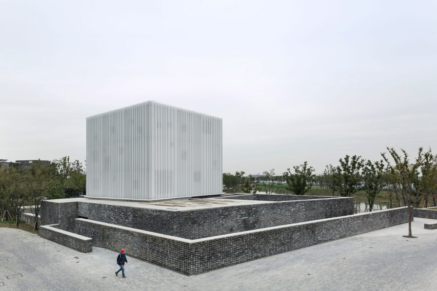 neri suzhou chapel textured brick ethereal white cube architecture cultural china