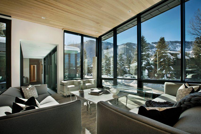 Zale Residence by Studio B