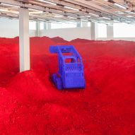 "Anish Kapoor explores ""urgent times"" with Destierro installation"