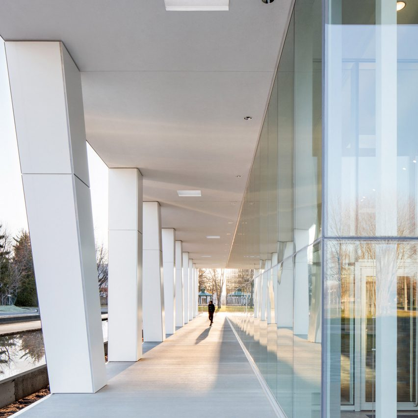 Diane Dufresne Art Centre by ACDF Architecture