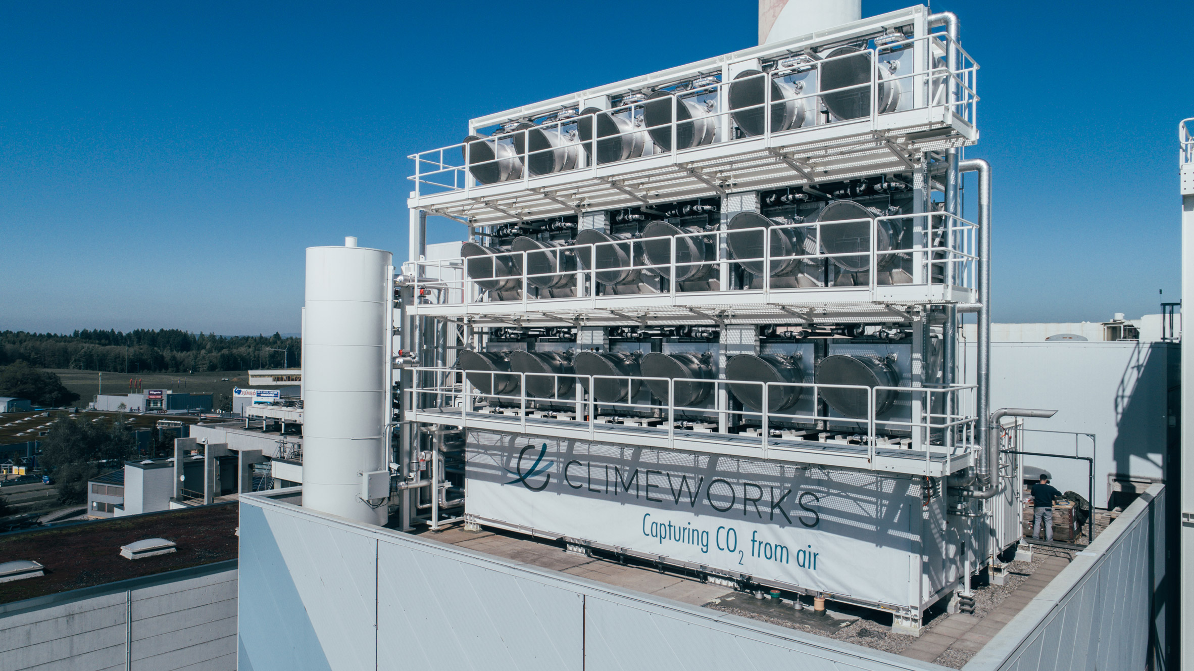 The world's first commercial carbon-capture plant opens in Switzerland