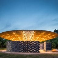 "Serpentine Pavilion glows at night to ""attract people to come and celebrate"" says Diébédo Francis Kéré"