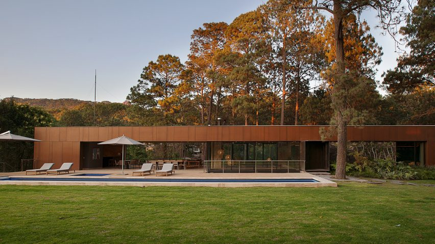 Five separate houses form Mexican estate by Vieyra Arquitectos