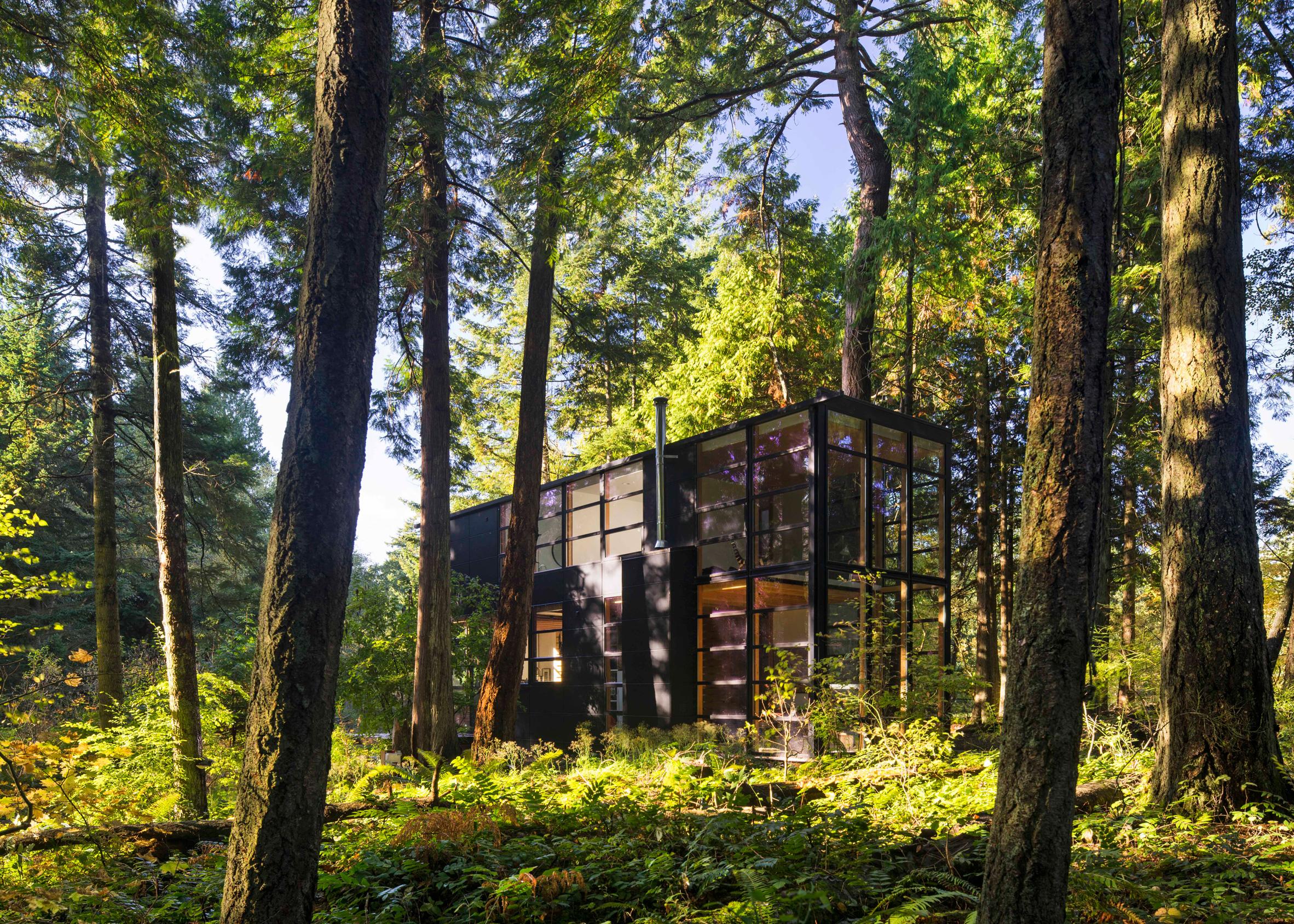 Lightbox, Point Roberts, Washington, by Bohlin Cywinski Jackson