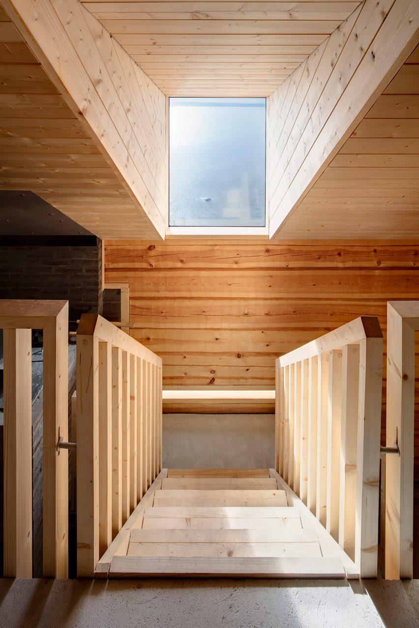 Lonna Sauna by OOPEAA