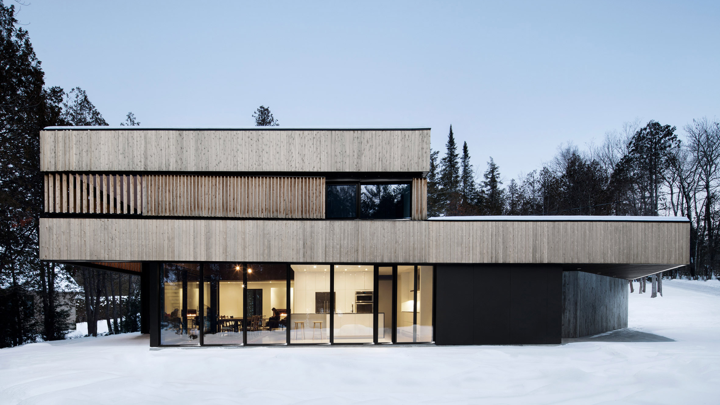 ACDF Architecture completes home for two sisters beside ...