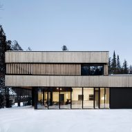 ACDF Architecture completes home for two sisters beside Canada's Lake Memphremagog