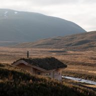 Moxon Architects builds humble cabin in mountainous Scottish landscape