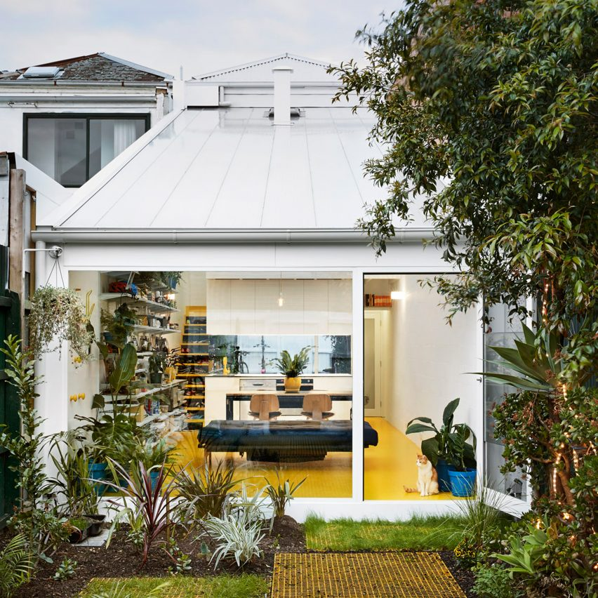 Home Design Ideas Australia: Andrew Maynard Drenches Home And Studio In Natural Light