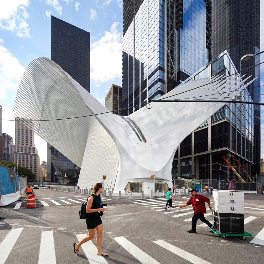 Santiago Calatrava's Oculus leaks