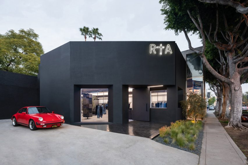 RTA Melrose by Dan Brunn Architects