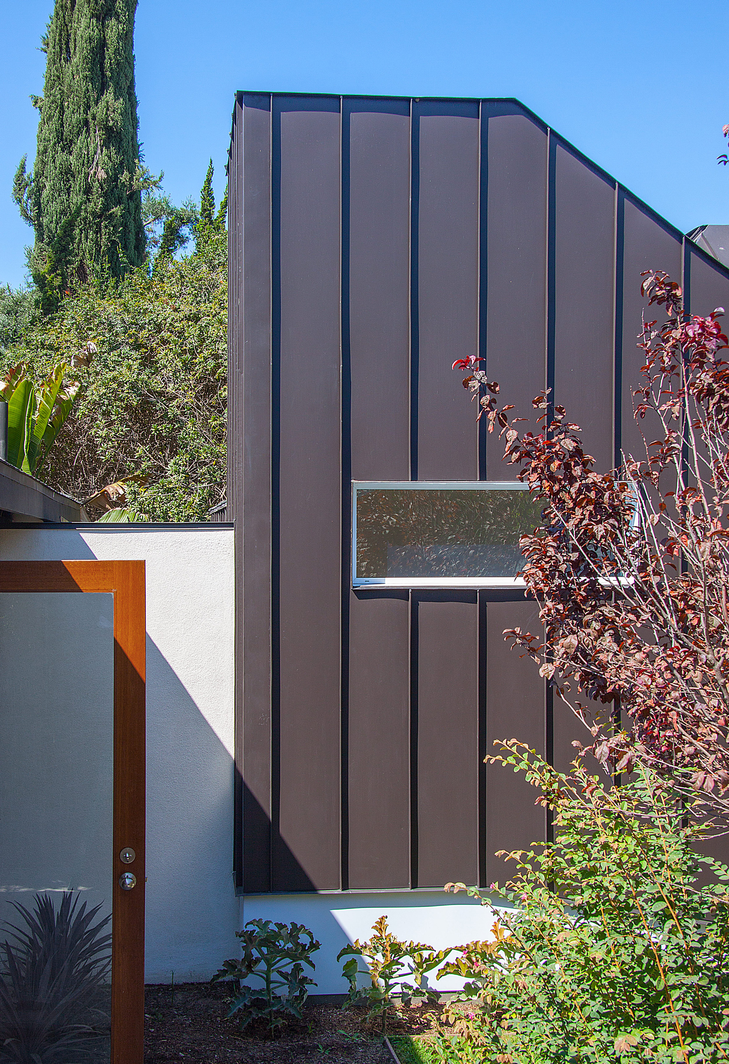 Shurkin Residence by Casey Hughes Architects