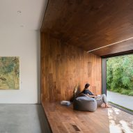 Dan Brunn renovates Frank Gehry-designed LA house for an illustrator