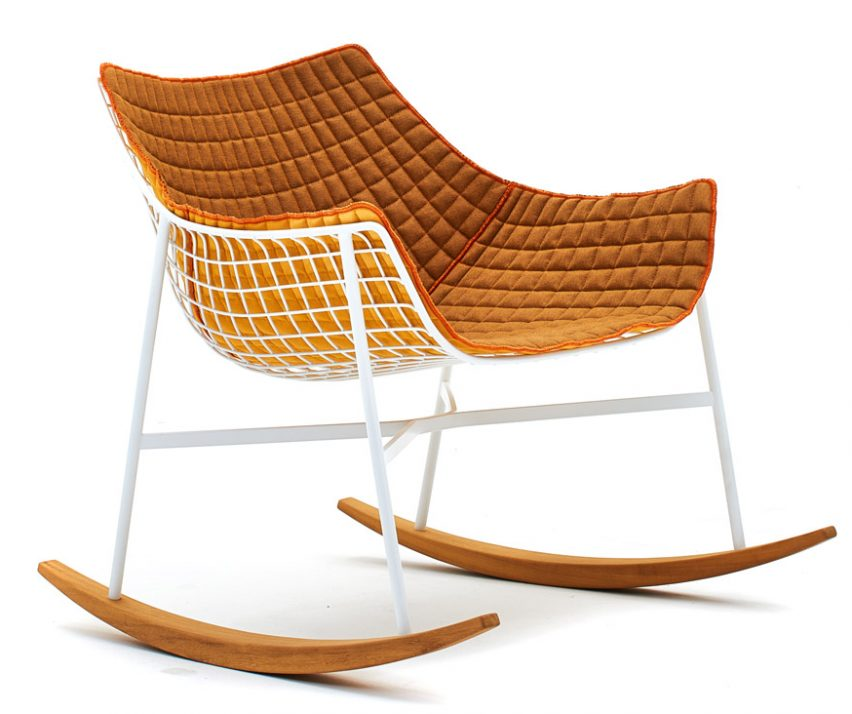 The Chair Features Varaschinu0027s Signature Net Structure Frame Made From  Powder Coated Steel. Its Legs Are Supported On An Iroko Wood Base, While  Removable ...