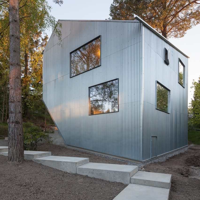 48 Innovative Homes Built On Extremely Tight Budgets Fascinating Alternative Home Designs Exterior