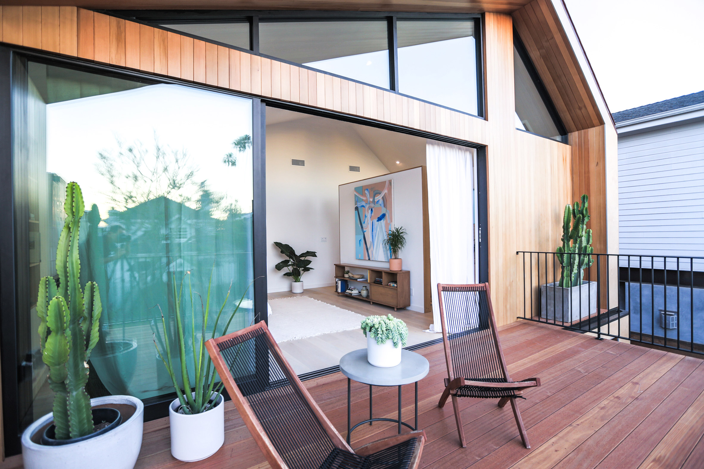 Venice Beach house by Electric Bowery features askew pitched roof and outdoor lounge